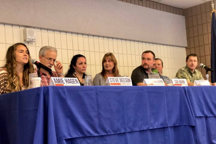 The Soldotna Chamber of Commerce hosted a small business panel to discuss entrepreneurship in Soldotna as part of Startup week, in Soldotna, Alaska, on Nov. 14, 2018. (Photo by Victoria Petersen/Peninsula Clarion)