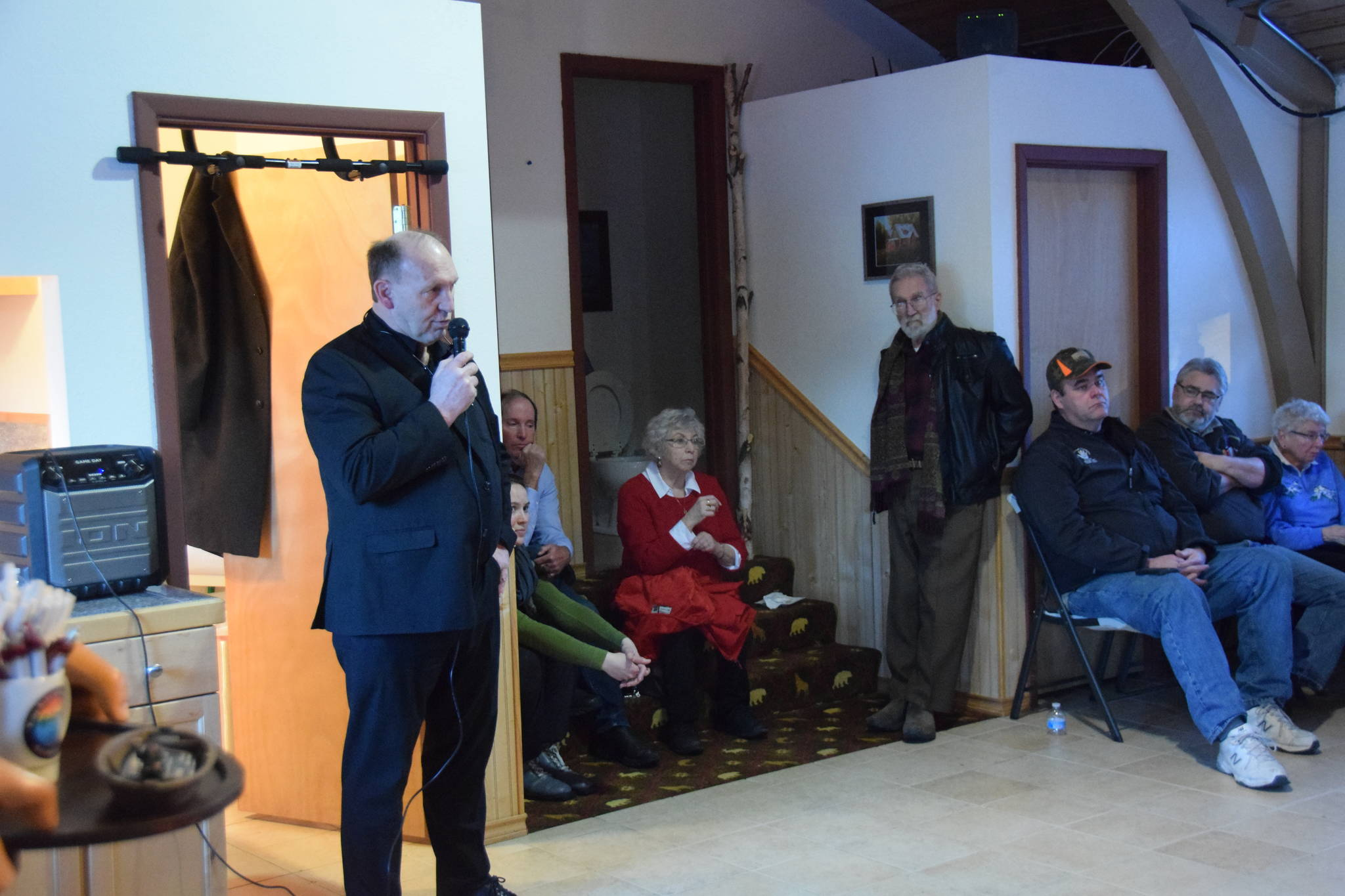 Rep. Gary Knopp, R- Soldotna, speaks at a town hall at the Kenai River Suites in Soldotna on Feb. 15, 2019. Photo by Brian Mazurek/Peninsula Clarion)
