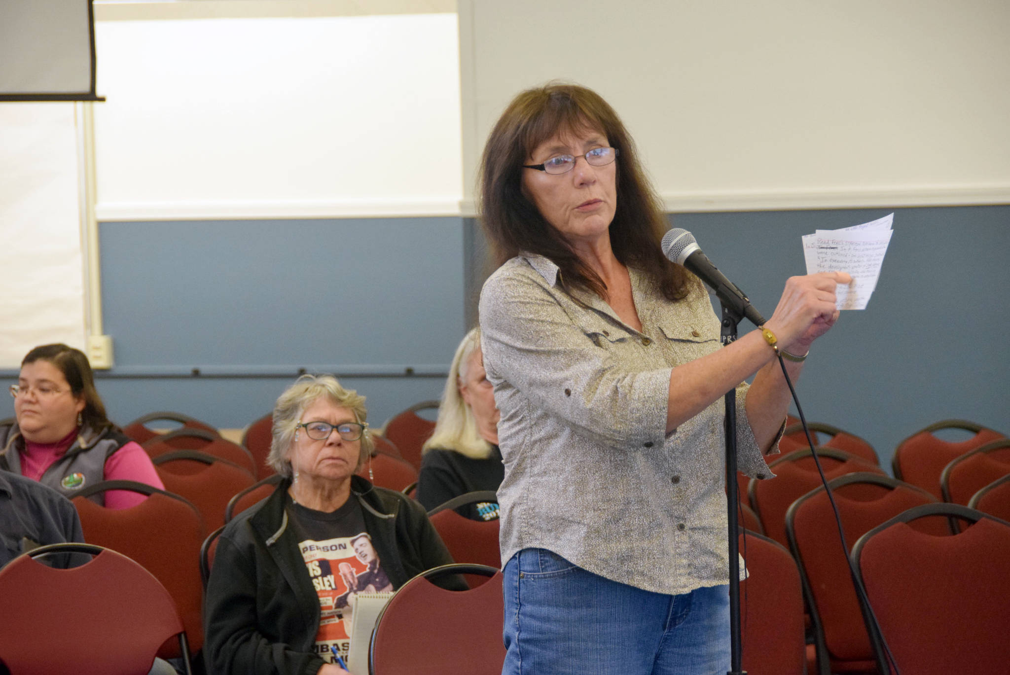 Brian Mazurek / Peninsula Clarion                                  Nikiski resident Linda Huhndorf speaks to members of the Federal Energy Regulatory Commission regarding the draft environmental impact statement for the Alaska LNG Project at the Nikiski Community Recreation Center on Wednesday.