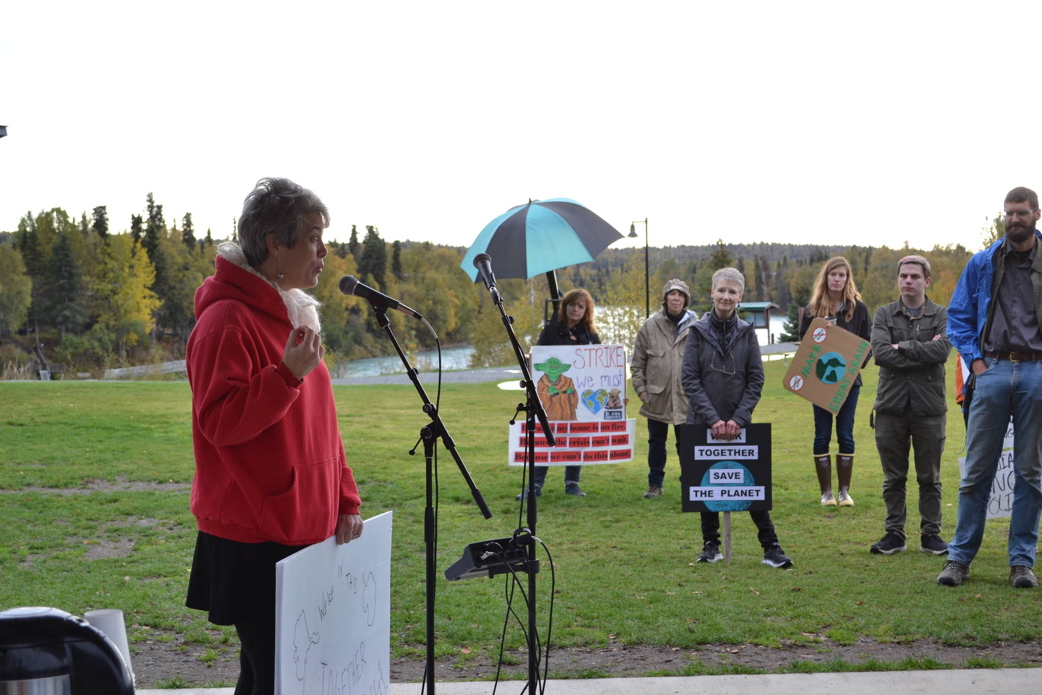 Soldotna physician Kristen Mitchell speaks to participants in the Soldotna Climate Strike in Soldotna Creek Park on Sept. 20, 2019. (Photo by Brian Mazurek/Peninsula Clarion)