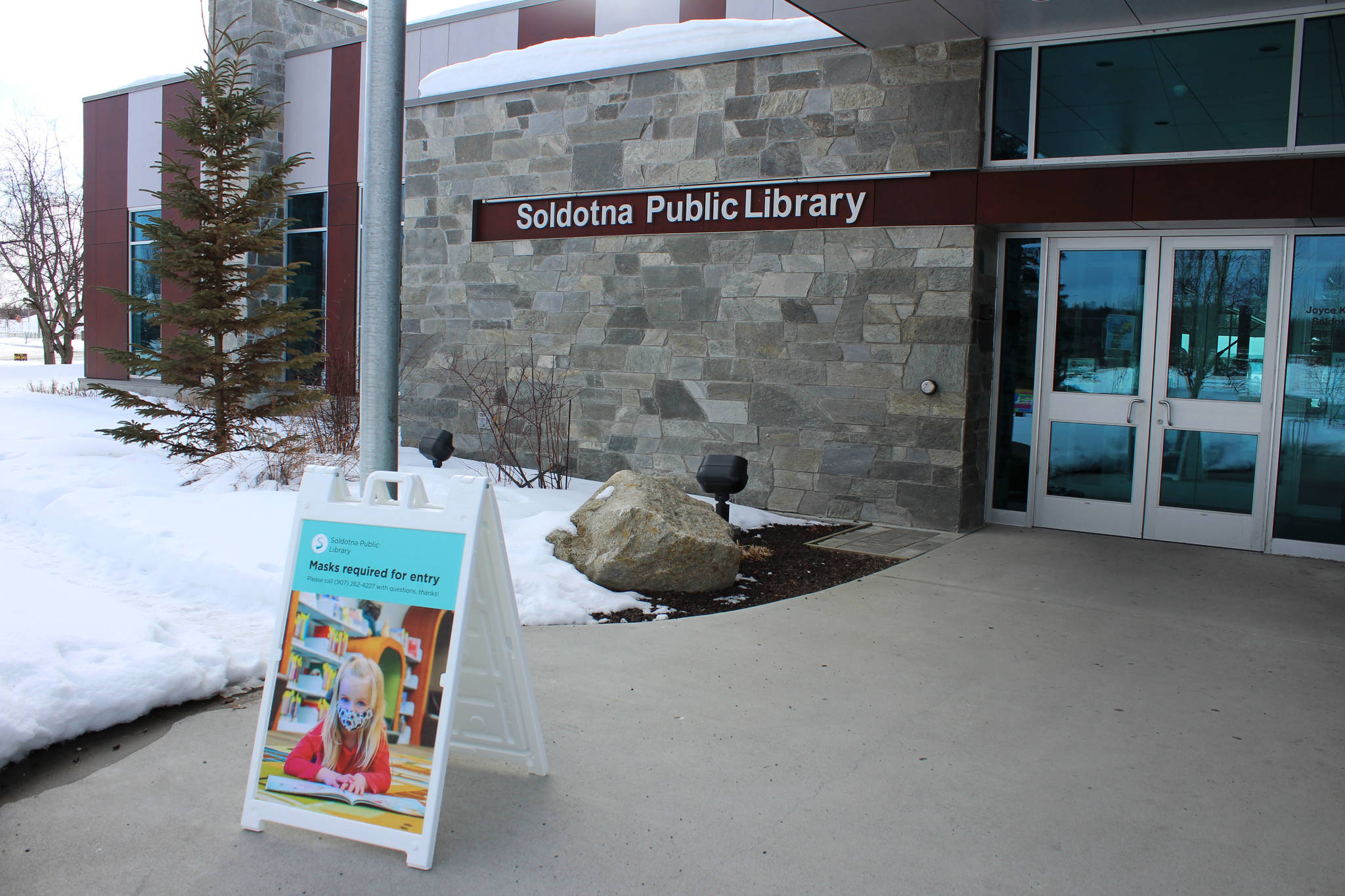 The entrance to Soldotna Public Library is seen on Thursday, March 25, 2021 in Soldotna, Alaska. (Ashlyn O'Hara/Peninsula Clarion)